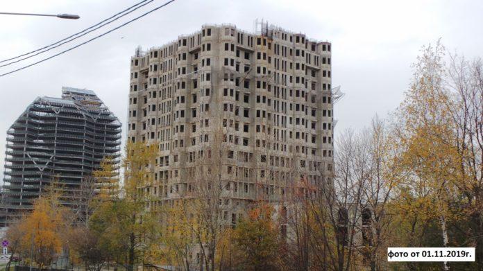 На достройку трех жилых долгостроев столицы за два года будет направлено 12,7 млрд руб.
