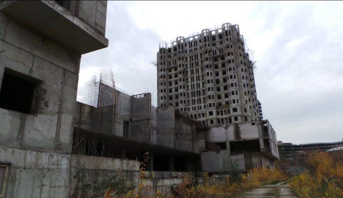 Назначена новая дата судебного заседания по вопросу передачи жилого комплекса в ЗАО Московскому фонду